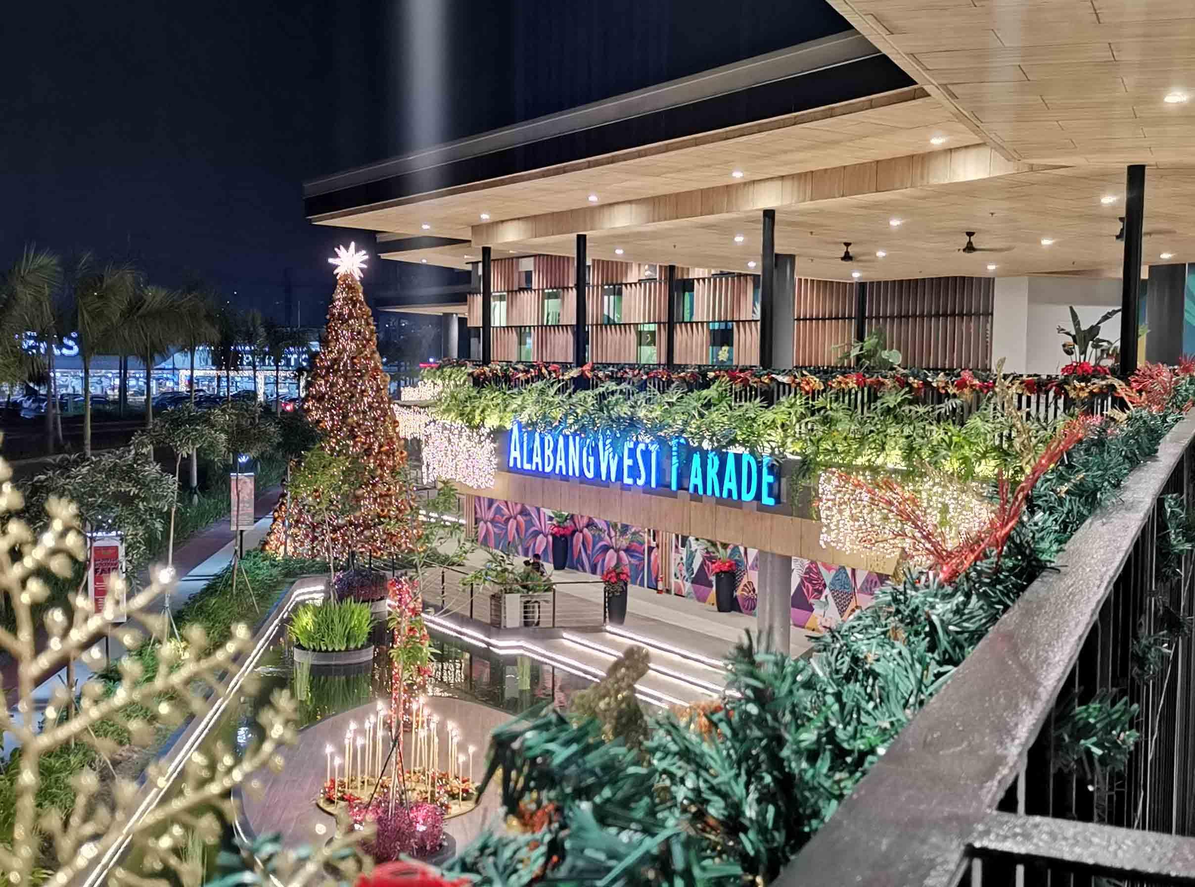 Alabang West Parade Christmas tree